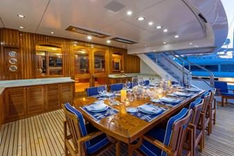 Sky Lounge Deck Dining