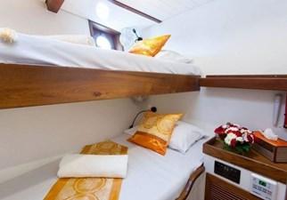 Guest bunk cabin