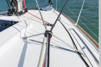 Jeanneau 349 Sun Odyssey 6 Jeanneau 349 Sun Odyssey 2019 JEANNEAU 349 Sun Odyssey Performance Sailboat Yacht MLS #256673 6