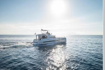 Bali 4.3 Motor Yacht 8