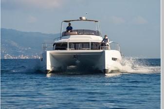 Bali 4.3 Motor Yacht 12