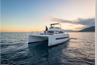 Bali 4.3 Motor Yacht 13