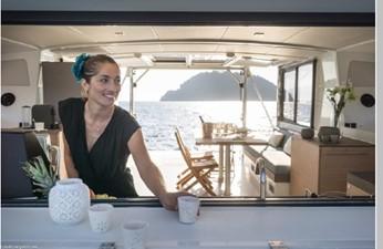 Bali 4.3 Motor Yacht 26