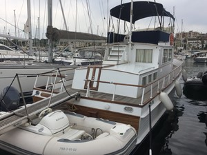 - 4 - 1980 GRAND BANKS 42 Classic Motor Yacht Yacht MLS #256696 4