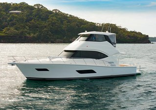 Riviera 52 Enclosed Flybridge 256773