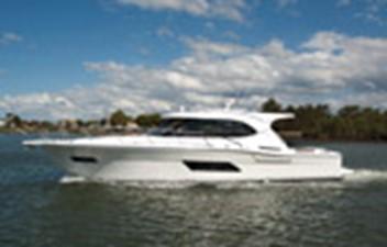Riviera 445 SUV 11