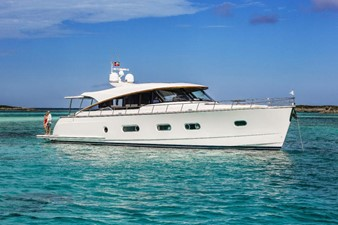This 2020 66' Belize 66 Sedan for Sale - SYS Yacht Sales