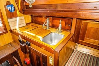Serena 5 Serena 1946 FELLOWS & STEWART Classic Sloop Classic Yacht Yacht MLS #256955 5