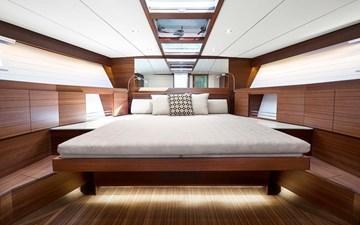 Delta 54 Yacht Fish 9