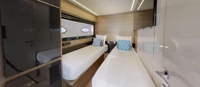 Twin-Cabin