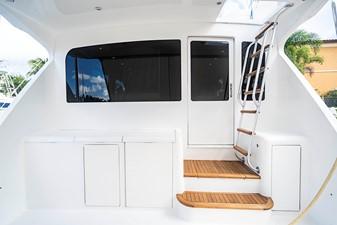 Cockpit Ladder to Bridge