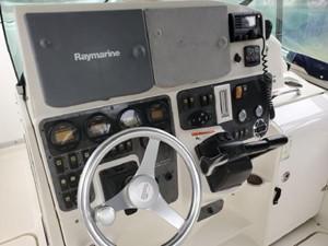 33' Hydra-Sports 3300-VX Vector Express 7