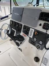33' Hydra-Sports 3300-VX Vector Express 9