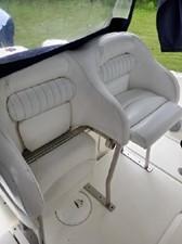 33' Hydra-Sports 3300-VX Vector Express 11