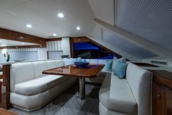 NEW Viking 82 Cockpit Motor Yacht 12 82 Viking_Dinette1
