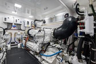 NEW Viking 82 Cockpit Motor Yacht 51 82 Viking_Engine Room3