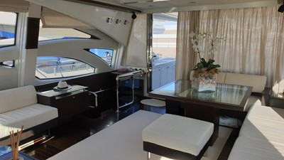 MR LEO 5 MR LEO 2009 AZIMUT YACHTS 86S Cruising Yacht Yacht MLS #258116 5