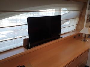 DEAR 5 DEAR 2011 AZIMUT YACHTS  Motor Yacht Yacht MLS #258131 5