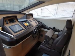 DEAR 6 DEAR 2011 AZIMUT YACHTS  Motor Yacht Yacht MLS #258131 6