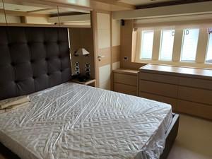 DEAR 7 DEAR 2011 AZIMUT YACHTS  Motor Yacht Yacht MLS #258131 7
