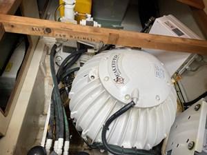 Azimut 60 18 Seakeeper Gyro