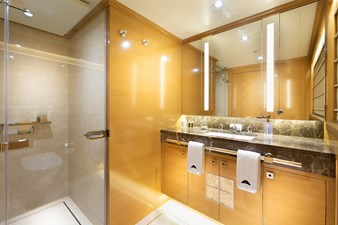 VIP 2 Bath: ATOM 147' 2014/2019 Sunrise Tri-Deck Motor Yacht