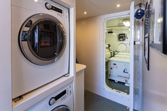 Crew Washer and Dryer