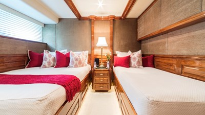 GUEST STATEROOM #4: DOUBLE + TWIN + PULLMAN