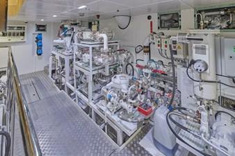 Engineroom (2)