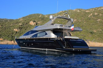 Black Pearl Ajaccio 21 22