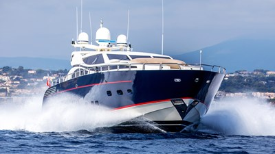 Cheeky-Tiger-Luxury-Yacht-20