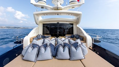 Cheeky-Tiger-Luxury-Yacht-16