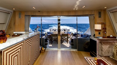 Cheeky-Tiger-Luxury-Yacht-29