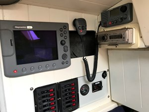 Raymarine C80 GPS and panel