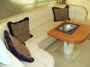 Current Affair 5 Salon to starboard