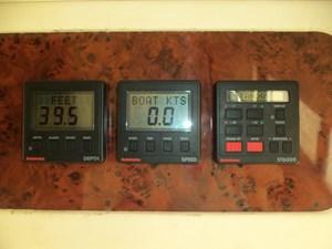 Autohelm gauges