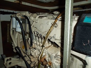 Current Affair 40 Starboard engine