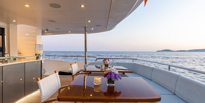 Main Deck AFT Table