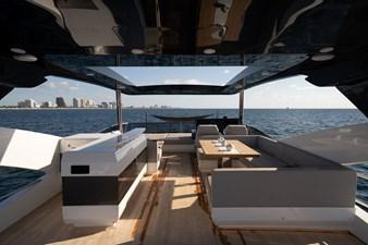 80 PEARL - MANs 6 Flybridge w/ Retractable Roof
