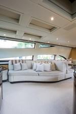 34m Leopard 11 Salon