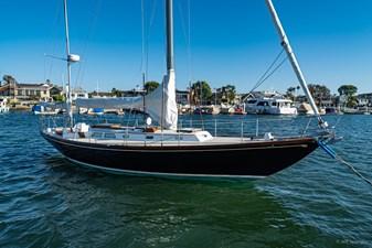 BLACK IRISH 3 BLACK IRISH 1970 HINCKLEY Bermuda 40 Yawl Yawl Yacht MLS #258862 3