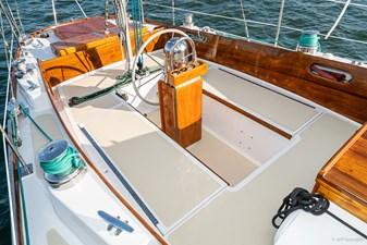 BLACK IRISH 5 BLACK IRISH 1970 HINCKLEY Bermuda 40 Yawl Yawl Yacht MLS #258862 5