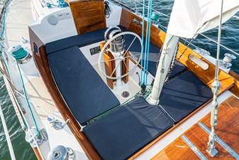 BLACK IRISH 6 BLACK IRISH 1970 HINCKLEY Bermuda 40 Yawl Yawl Yacht MLS #258862 6