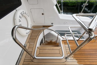 Flybridge aft stairs to Aft Deck