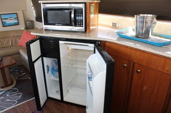 Refer/freezer, microwave