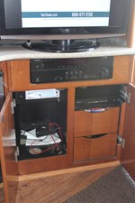 Salon entertainment center