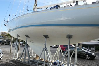 nautor-swan-44-37