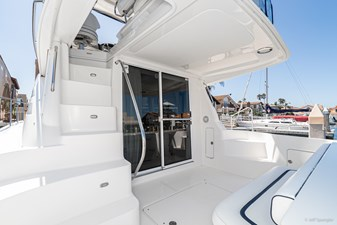 2007 Sea Ray 44 Sedan Bridge BLUE MYIRA-31
