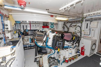 LEXUS LADY 96 Engine Room Starboard