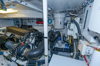 LEXUS LADY 97 Engine Room Starboard